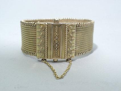 Braceleten1nelson